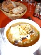 Soupe à l'oignon gratinée at Le Latin Saint Jacques